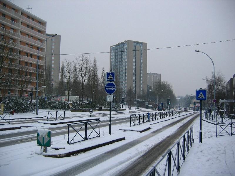Rennes sous la neige quartier de maurepas photolive toutes les photos m t o en temps r el - Meteo rennes samedi ...