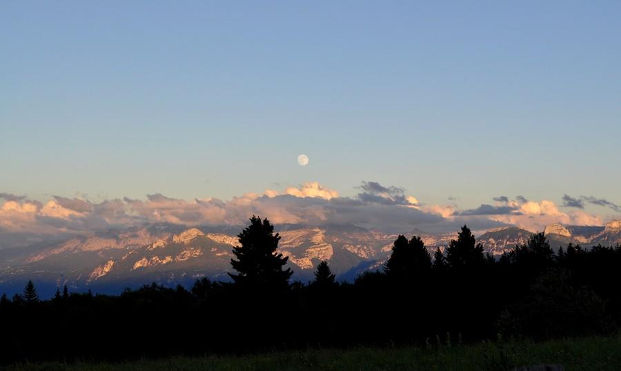 Coucher de soleil et lev de lune photolive toutes les photos m t o en temps r el infoclimat - Heure de lever et coucher de la lune ...