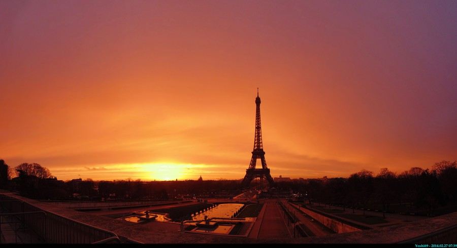 Lever de soleil sur la tour eiffel photolive toutes les photos m t o en temps r el infoclimat - Lever et coucher du soleil paris ...